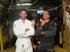 Ex-BBBs Marcelo Dourado e Rodrigo Portuga se enfrentam no tatame