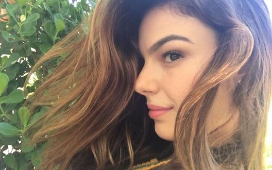 Isis Valverde clareou os cabelos para sua próxima personagem na TV, na novela A força do querer (Foto: Arquivo pessoal)