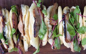 Sanduíche de lombinho com abacaxi