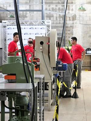Fábrica foi inaugurada nesta quinta-feira (17) em unidade prisional (Foto: Eduarda Fernandes/ G1)
