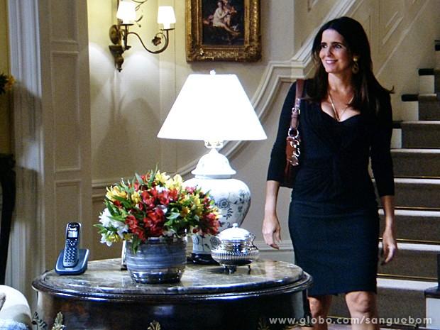Olha que gata! Rosemere sai toda linda para encontrar Nelson (Foto: Salve Jorge/TV Globo)