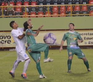 Atlético-AC x Alto Acre Torneio do Povo e da Imprensa (Foto: Duaine Rodrigues)