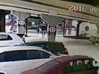 Vídeo mostra tiros e roubo a malotes em supermercado na Grande Natal