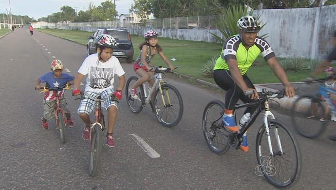 Garoto cego, destaque na Assmar vai disputar a prova com os irmãos no AP (Foto: Reprodução/TV Amapá)