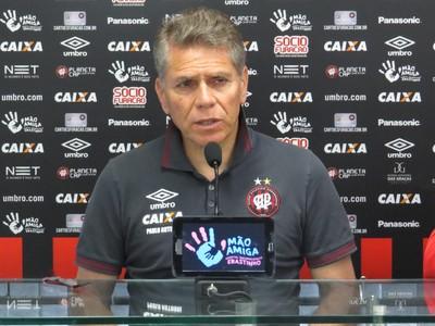 Paulo Autuori Atlético-PR (Foto: Fernando Freire)