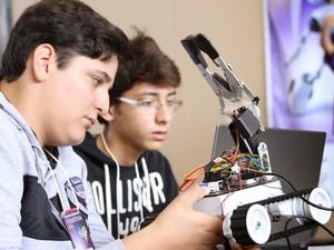 São Carlos sedia maior feira de robótica já realizada no Brasil (Foto: Denise Casatti / Divulgação)