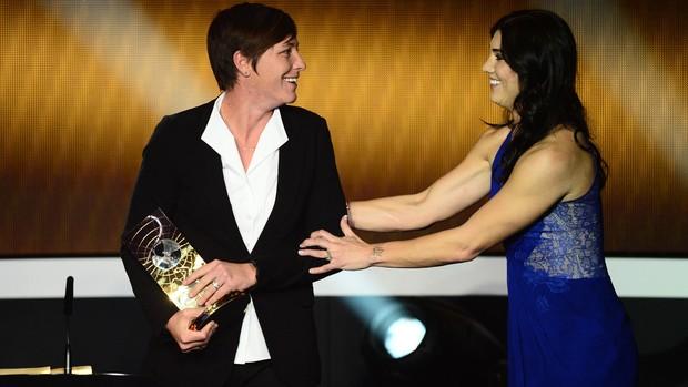 hope solo Abby Wambach fifa prêmio melhor do mundo bola de ouro (Foto: AFP)