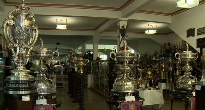 Sala de troféus Vasco da Gama (Foto: Reprodução / SporTV)
