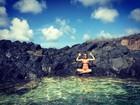 Giovanna Ewbank posa em piscina natural de Fernando de Noronha