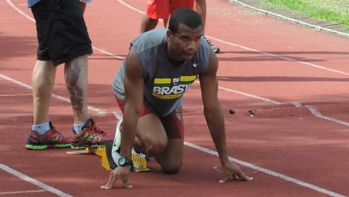 Gustavo Araújo foca nas Paralimpíadas (Foto: Kawanny Barros / GloboEsporte.com)