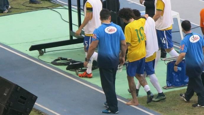 Valdívia lesão seleção olímpica (Foto: Felipe Schmidt/GloboEsporte.com)