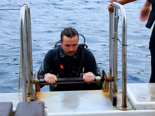 Max Fercondini acompanhou o monitoramento de corais (Foto: Reprodução )