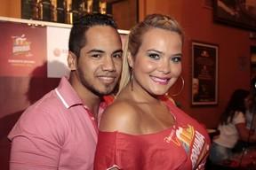 Geisy Arruda e o namorado (Foto: Paduardo / AgNews)