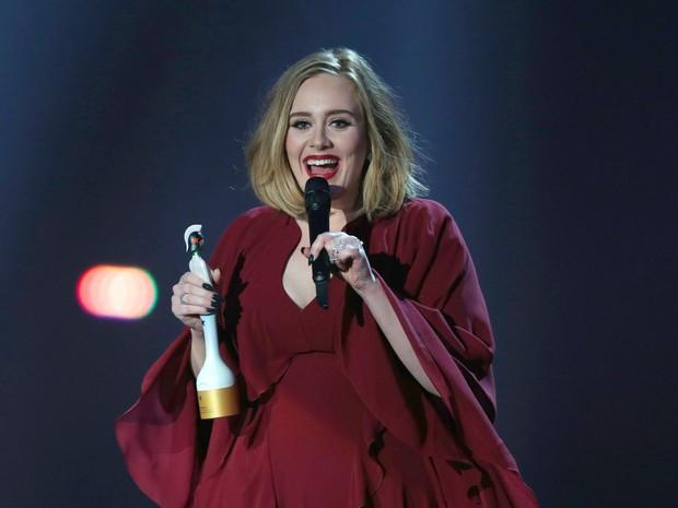 Adele assina contrato recorde com a gravadora Sony (Foto: Joel Ryan/Invision/AP)