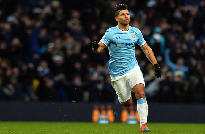 Aguero comemora, Manchester City x Watford (Foto: AFP)