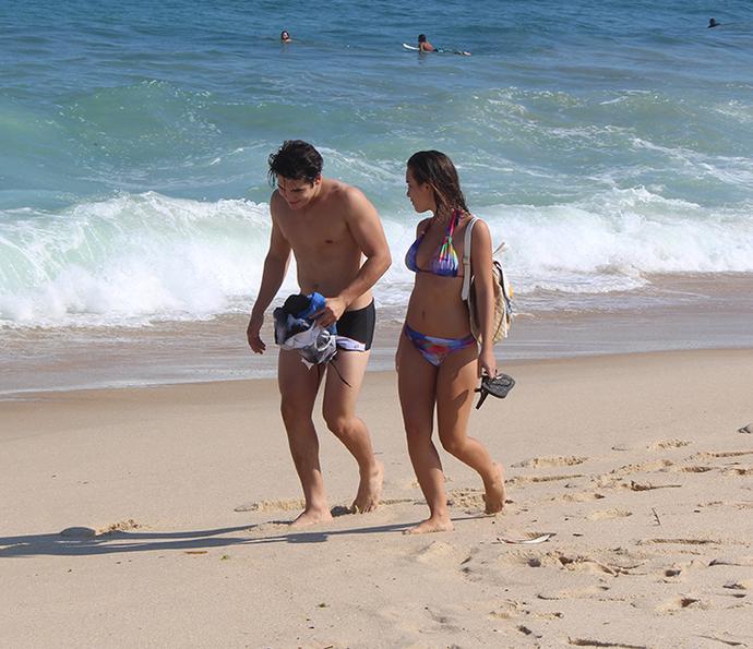 nicolas-marcela-praia.png