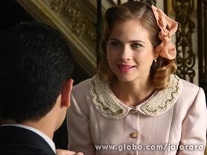Será que Hilda aceita a proposta? (Foto: Fábio Rocha / TV Globo)