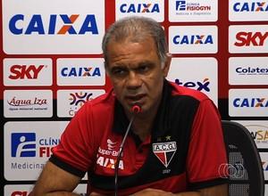 Jorginho, técnico do Atlético-GO (Foto: Reprodução/TV Anhanguera)