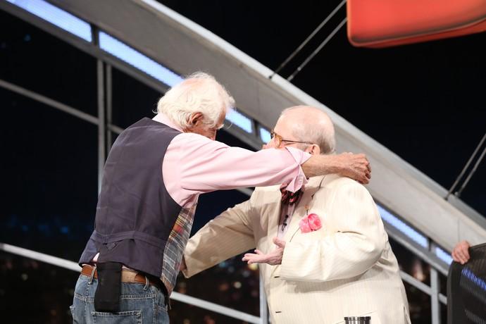 Os amigos de longa data trocam elogios no programa  (Foto: Carol Caminha/Gshow)