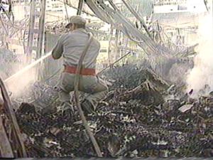 Incêndio do Mercado da Vila Rubim, em Vitória, em 1994.  (Foto: Arquivo/ TV Gazeta)