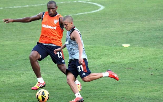 Digão e Marcos Junior Treino Fluminense (Foto: Fernando Cazaes / Photocamera)