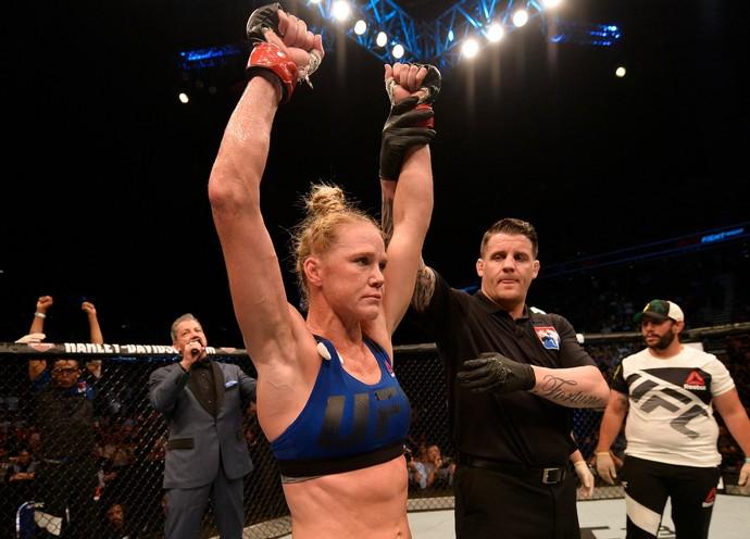 Holly Holm UFC Singapura (Foto: Getty Images)