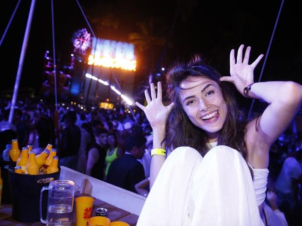 Maria Casadevall em festa em festa em Porto de Galinhas, Pernambuco (Foto: Felipe Panfili/ Ag. News)