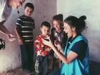 Bruna Marquezine se emociona ao falar sobre encontro com refugiados