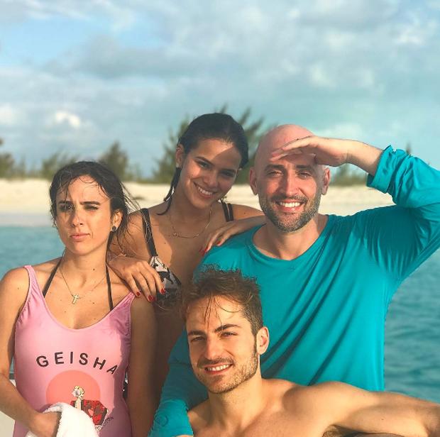 Paulo Gustavo, Thales Bretas, Tatá Werneck e Bruna Marquezine no Caribe (Foto: Reprodução/Instagram)
