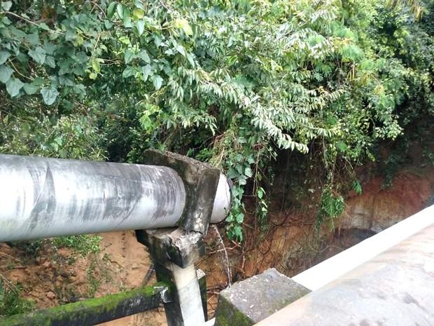 Ponto rompido na principal adutora de Sorocaba é detectado pelo Saae (Foto: Saae /Divulgação)