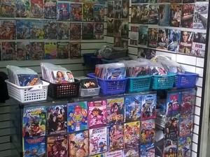 Um é detido e quatro mil CD's piratas são apreendidas em São José (Foto: Divulgação/Polícia Militar)