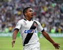 """Polivalente, Jorge Henrique """"guarda"""" gols para clássicos decisivos no Vasco"""