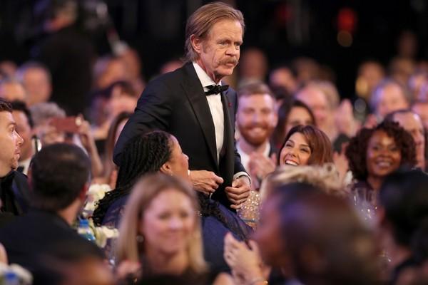 O tor William H. Macy ao ser anunciado como o vencedor do troféu de Melhor Ator em Série de Comédia na premiação do Sindicato dos Atores de 2018 (Foto: Getty Images)