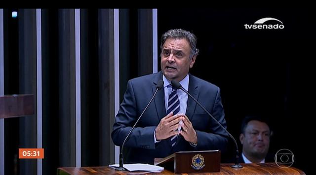 Aécio Neves (PSDB) é ouvido na PF em Brasília