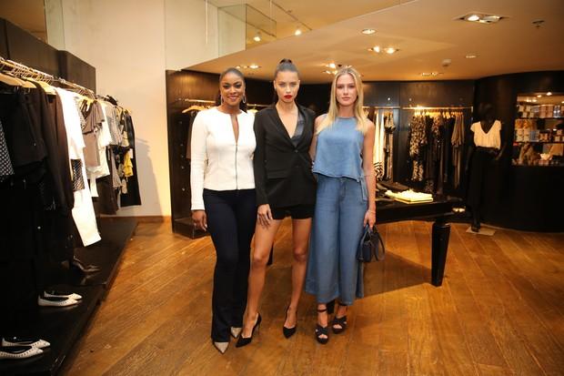 Cris Vianna, Adriana Lima e Fiorella Mattheis (Foto: Manuela Scarpa/Brazil News)