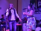 Cantores interpretam em show músicas sobre o cotidiano em Macapá