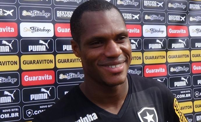 André Bahia no Botafogo (Foto: Raphael Bózeo)
