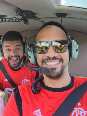 Marquinhos e Olivinha andam de helicóptero em Orlando (Foto: Arquivo Pessoal)