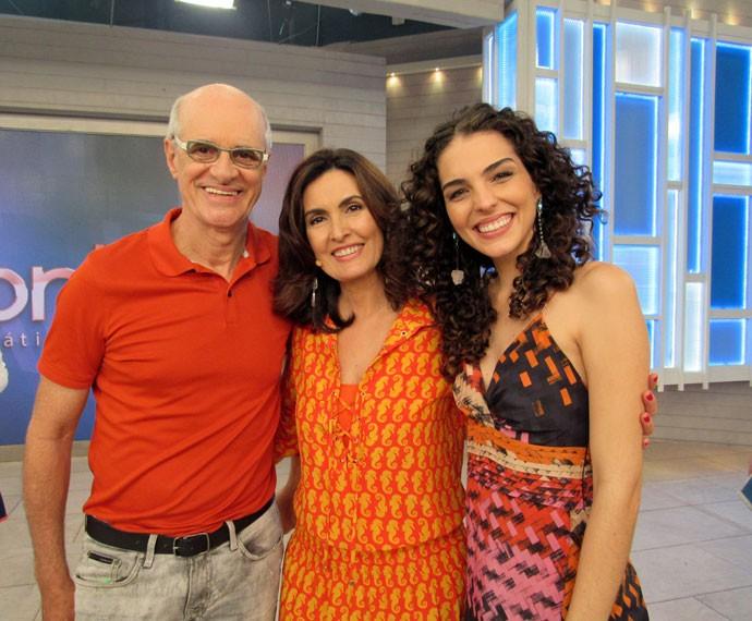 Marcos Caruso, Fátima e Julia Konrad após o 'Encontro'  (Foto: Viviane Figueiredo Neto/Gshow)