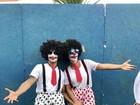 Ivete Sangalo curte Carnaval de Salvador disfarçada de palhaça
