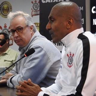 Roberto de Andrade e Cristóvão Borges (Foto: Marcelo Braga)