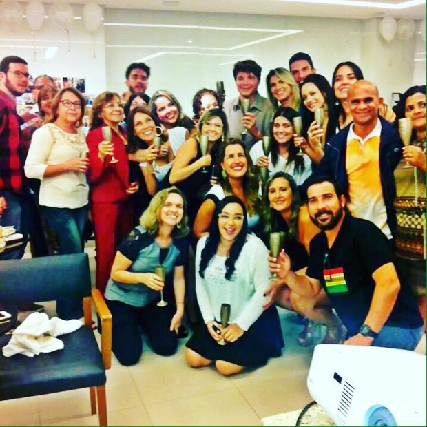 Netinho durante sua comemoração surpresa em Salvador (Foto: Reprodução / Facebook)