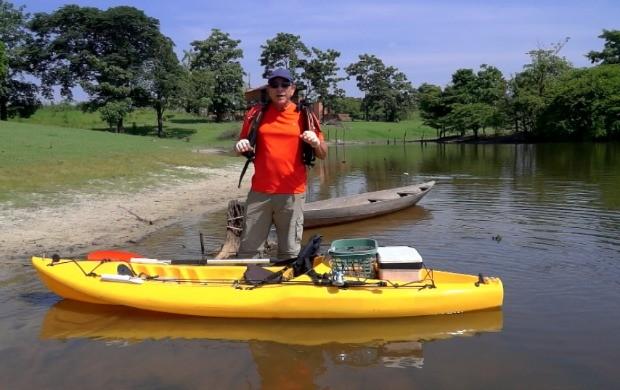 Pesca Legal ensina como pescar com caiaque (Foto: Amazônia Rural)