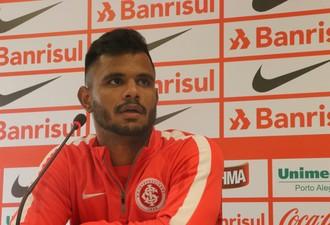 Fernando Bob volante Inter (Foto: Tomás Hammes/GloboEsporte.com)