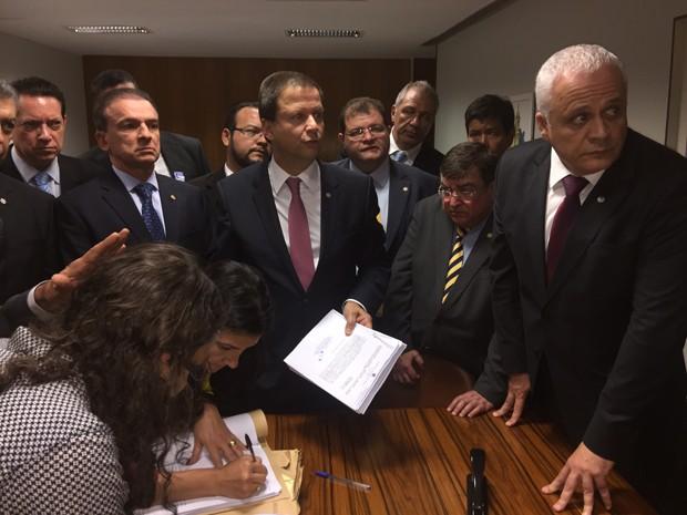 OAB protocola novo pedido de impeachment da presidente Dilma Rousseff na Câmara