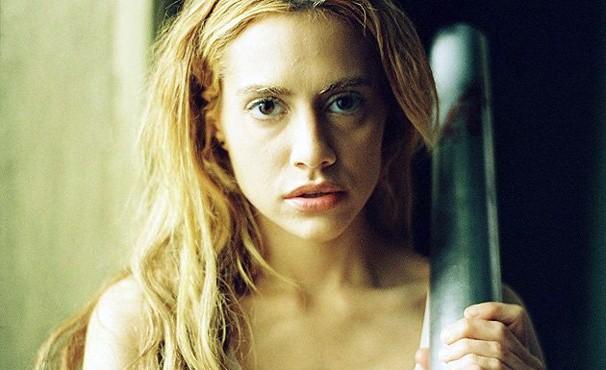 'Busca Alucinante' foi o último filme feito pela atriz Brittany Murphy antes de morrer (Foto: Divulgação / Reprodução)