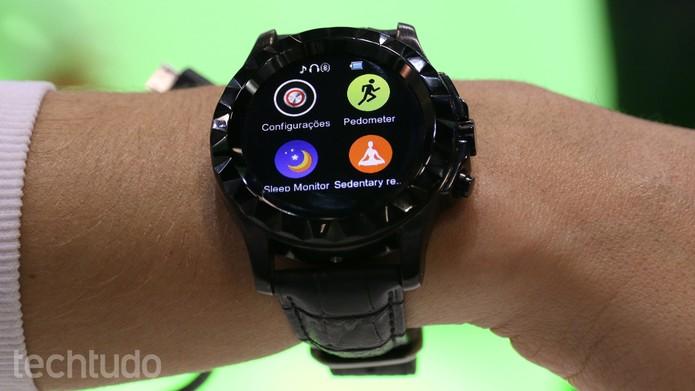 82456bb1e29 Smartwatch de R  459 e relógio inteligente para criança  veja os ...