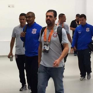 Cristóvão Borges deixa a Arena (Foto: Marcelo Braga)