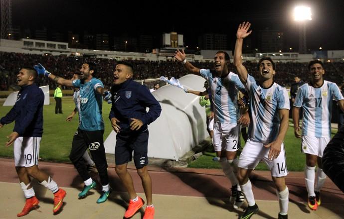 Atlético Tucumán comemoração (Foto: Reuters)