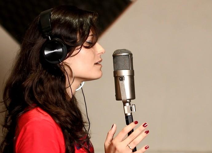 Lorena Lessa participou da primeira temporada do The Voice Brasil (Foto: Divulgação)